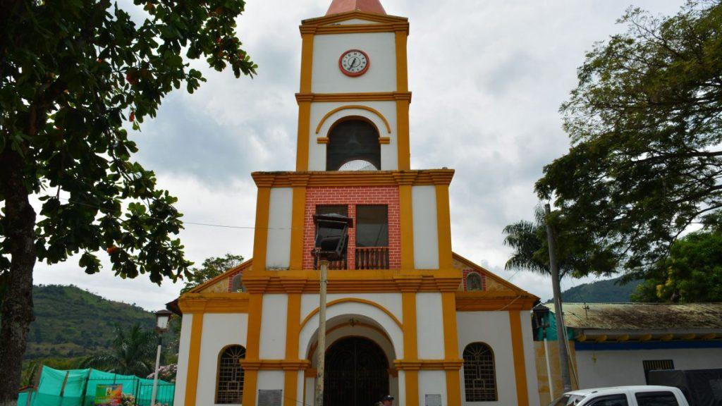 Iglesia principal de Pandi.