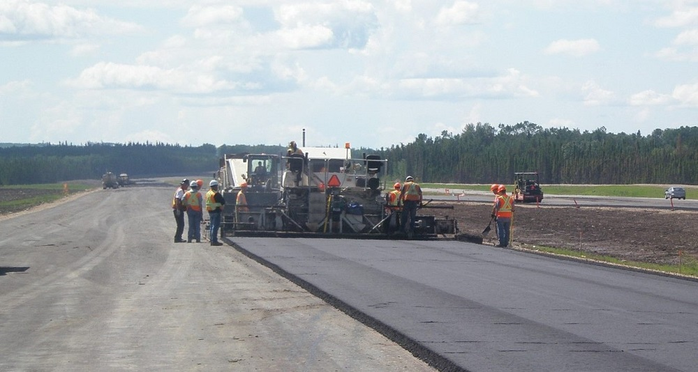 Construcción de carreteras en Colombia.